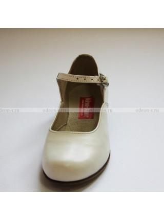 Туфли для народных танцев, женские белые.