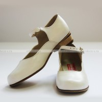 Туфли женские для народных танцев белые